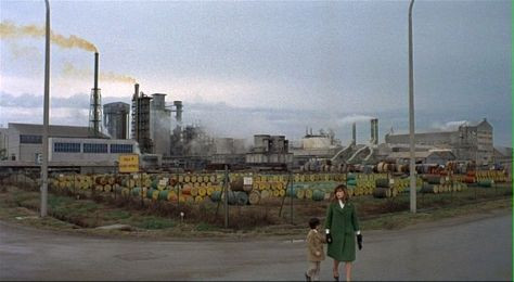Red Desert, Michelangelo Antonioni (1964) Cinematography by Carlo Di Palma